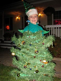 Glue Christmas tree garland to a green sweat suit to create this creative costume! Submitted by: ksachleben Christmas Tree Halloween Costume, Boy Halloween Costumes, Christmas Costumes, Halloween Diy, Cosplay Costumes, Outside Christmas Decorations, Christmas Trees For Kids, Christmas Tree Garland, Christmas Scenes