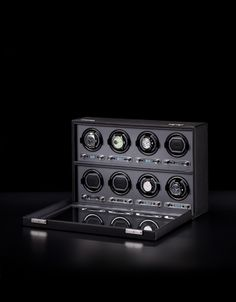 Glamour shot of the viceroy 8pc watch winder