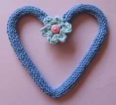 Love I-cord shaped with wire. Heart Projects, I Cord, Crochet Necklace, Take That, Hearts, Wire, Shapes, My Favorite Things, My Love