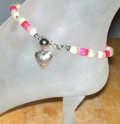 Beautiful pink magnetic ankle bracelet - bidding starts at $1.99
