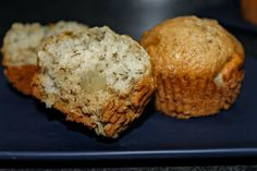 Easy Super Moist Banana Apple Muffins are delicious, moist, perfect day or night and better yet, a great way to use up ripe fruit! Banana Zucchini Muffins, Apple Muffins, Butter Pecan, Apple Butter, Triple Chocolate Muffins, Strawberry Muffins, Ripe Fruit, Healthy Muffins, Baking Cups