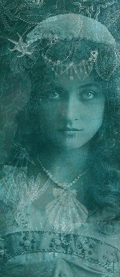 . Vintage Gypsy, Vintage Beauty, Poses, Dance Oriental, Poesia Visual, Shades Of Teal, Gypsy Life, Merfolk, Look At You