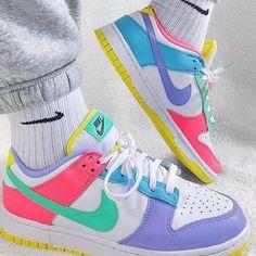 Cute Nike Shoes, Cute Nikes, Nike Air Shoes, Sneakers Nike, Nike Dunks, Nike Sb, Air Force Jordans, Nike Dunk High, Looks Baskets