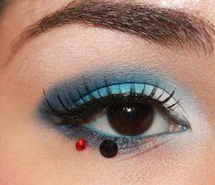 The Dark Side of #Beauty: TUTORIAL: R2D2 #makeup