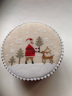 Primitive cross stitched Christmas box by di TheOldNeedleShop