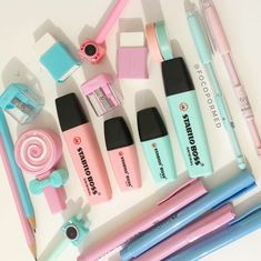 Stationary for new house Stationary Store, Stationary School, Cute Stationary, School Stationery, School Suplies, Stabilo Boss, School Accessories, Back To School Supplies, Bullet Journal Ideas Pages