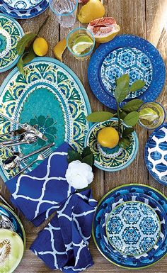 Your table is ready. Fashion-forward outdoor dinnerware steals the scene. Click to read more about this trend. | Frontgate Blog