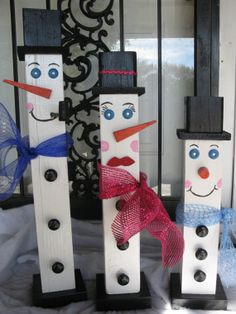 Fence Post Snowman Family Wood Snowmen 4 x 4 Snowman Family Set Of 3 Wood Block Snowmen Christmas Snowmen Decoration Primitive SnowmanFamily by Dora P Christmas Projects, Holiday Crafts, Holiday Fun, Holiday Decor, Christmas Ideas, Homemade Christmas, Snowman Christmas Decorations, Christmas Snowman, All Things Christmas