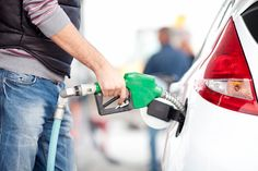 Budgeting for Gas for Your Spring Break Road Trip  #springbreak #roadtrip #gas #guide #tips #info #advice #fuel #gasoline #gasstation #mpg #savemoney #save #money #travel #road #trip #car #cars #usedcar #salvagecars #auto #auction