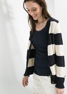 Strickjacke mit zopfmuster - Mäntel für Damen | MANGO
