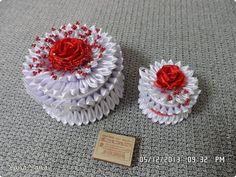 Поделка изделие Новый год Цумами Канзаши шкатулки Картон Клей Ткань