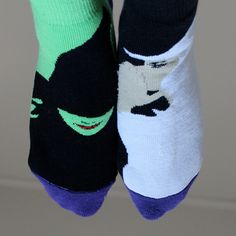 Musical themed socks, yes please! London Theatre, Broadway Theatre, Broadway Shows, Theatre Nerds, Music Theater, Wicked Musical, Defying Gravity, Twitter, Musicals