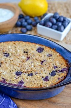 Slimming Eats - Slimming World Recipes Blueberry and Lemon Baked Oats Slimming World Baked Oats Slimming World, Slimming World Puddings, Slimming World Desserts, Slimming World Breakfast, Slimming World Recipes Syn Free, Slimming World Diet, Slimming Eats, Slimming World Smoothies, Slimming World Flapjack