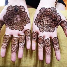 What is a Henna Tattoo? Henna tattoos are becoming very popular, but what precisely are they? Henna Hand Designs, Eid Mehndi Designs, Mehndi Designs Finger, Mehandi Design For Hand, Khafif Mehndi Design, Mehndi Designs For Girls, Modern Mehndi Designs, Mehndi Designs For Fingers, Mehndi Design Pictures