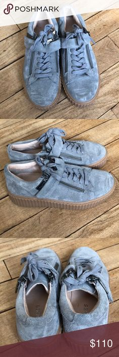 a2c768cd237f0 J Slides platform shoes Adorable!!! And super comfy. Very hip shoe with