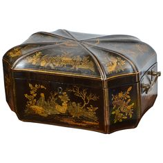 Black Lacquered Chinese Chinoiserie Tea Caddy