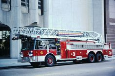 Chicago Fire Department, Fire Dept, Real Superheroes, Cool Fire, Fire Apparatus, Search And Rescue, Emergency Vehicles, Fire Engine, Ambulance