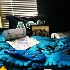 APO swag--Cool thing to give the pledges: framed class photo! Photo by tadayy   Cute to have something like this for APOti