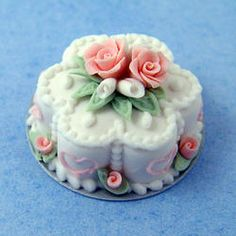 Pink & White Flower Cake | Stewart Dollhouse Creations