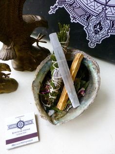 Protection + Intention// Cedar// Dried Roses//White Sage//Lavender Smudge Stick//Selenite crystal wand // Palo Santo Holy Wood//Smudge Kit  The