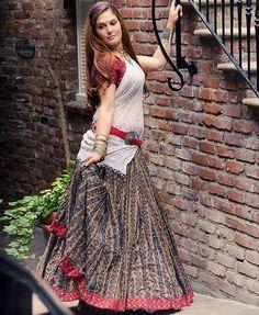 Indian Ikat Ethnic Gopi Skirt Great for Belly by GopiSkirts Indian Skirt, Indian Dresses, Indian Outfits, Indian Designer Outfits, Designer Dresses, Chanya Choli, Bollywood Lehenga, Saree, Indiana
