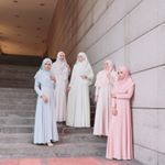 """2,226 Likes, 123 Comments - #bfsrayaootd2017 (@byfatinsuhana) on Instagram: """"From left : Rosy peach, Lavender Milk, Orchid and Caramel ❤️ . #bfsteamkuantan mmg supermodel semua…"""""""
