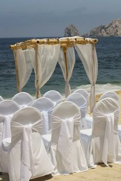 Beach weddings are economical and beautiful. Moontide will help with the details. Ask for Veronica :-) Http://www.TheMoontide.blogspot.com