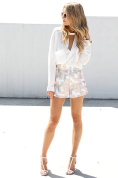 Sequined shorts. Sequin Shorts, Sabo Skirt, Summer Trends, Different Styles, Short Dresses, Spring Summer, Sequins, Classy, My Style
