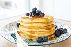 How to Freeze and Reheat Pancakes Freeze Pancakes, How To Make Pancakes, Tasty Pancakes, Buttermilk Pancakes, Breakfast Pancakes, Make Ahead Breakfast, Breakfast Recipes, Dessert Recipes, Morning Breakfast