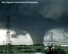 A site dedicated to providing information on one of Canada s worst tornado disasters in history: July 1987 s Tornados, Thunderstorms, All Nature, Science And Nature, Amazing Nature, Weather Storm, Wild Weather, Severe Weather, Extreme Weather