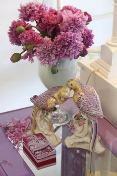 Eye For Design: Decorating With Purple.......It's A Majestic Color  Love these  birds