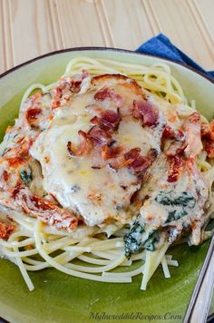 Creamy Bacon & Cheese Smothered Garlic Chicken has spinach & sun dried tomatoes! ....perfect served over pasta, because the sauce is MIND-BLOWING good!  Full Recipe Here: http://myincrediblerecipes.com/bacon-cheese-smothered-garlic-chicken/