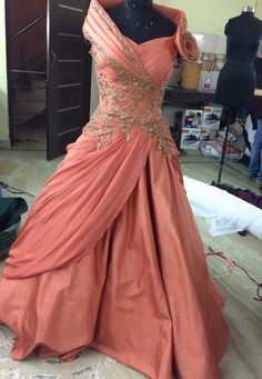 Pearl_designers Book ur dress now Completely stitched Customised in all colours For booking ur dress plz dm or whatsapp at 91 9654014206 Kids Party Wear Dresses, Gown Party Wear, Choli Dress, Saree Gown, Indian Wedding Gowns, Indian Gowns, Couture Dresses, Fashion Dresses, Indowestern Gowns