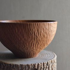 Zelkova textured bowl #woodturning #woodworking #木の器 #atelierdehors