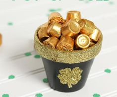 St. Patrick's day except I would paint the pot green w/ gold. 25 Handmade Gifts Under 5 Dollars | The 36th AVENUE