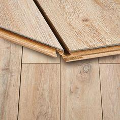 Panel podłogowy Egger Megafloor Classic Dąb Parquet 1,98 m2