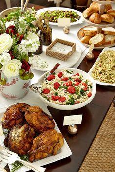 ✔ Christmas Dinner Buffet Set Up Buffet Set Up, Lunch Buffet, Styling A Buffet, Party Buffet, Dinner Buffet Ideas, Lunch Table, Food Buffet, Party Tables, Buffet Table Settings