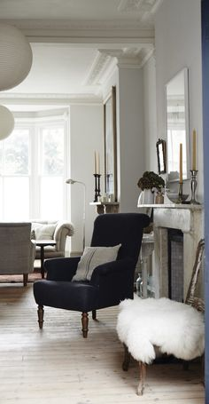 Your living room is one of the most lived-in rooms in your home. To make it the best it can be, House Beautiful has pulled together inspiration and ideas from 45 living rooms we love. Living Room Inspiration, Interior Inspiration, Interior Exterior, Interior Design, Living Room Decor, Living Spaces, Living Rooms, Home And Deco, Beautiful Interiors