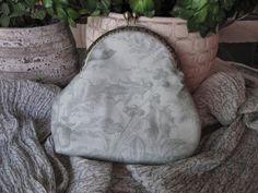 Almofada d'Alfazema: Carteira com fecho d'avó em tamanho grande