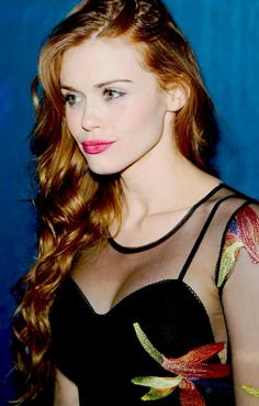 Holland Roden attends the grand opening weekend at Omnia Nightclub at Caesars Palace on April 26, 2015