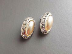 Vintage 80s glass pearl & diamante oval earrings .. silver tone bridal jewellery