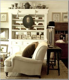 White Black And Brown Design Living Room Es Area