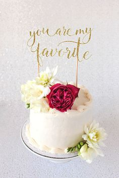 Sparkly Diy Cake Toppers For Wedding Or Birthdays Diy Ideas Diy