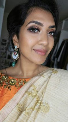 Huda Beauty Rose Gold Palette | Saree look | Vithyahairandmakeup Huda Rose Gold, Huda Beauty Rose Gold Palette, Indian Clothes, Indian Outfits, Blouse Patterns, Blouse Designs, Churidar Pattern, Vithya Hair And Makeup, Saree Look
