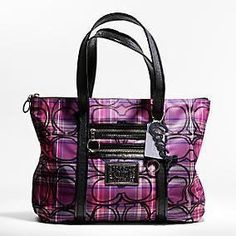 Want this...! Coach Tartan Tote bag hot pink / fuschia & black #plaid