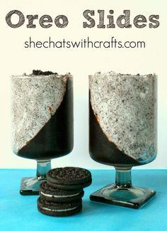 Looks like a delicious dessert recipe that uses Oreos...Yum!