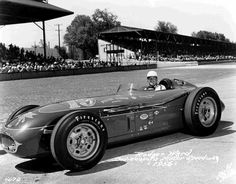 Rodger Ward 19 1956 Indianapolis 500 Filter Queen Special 1 18diecast