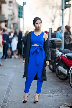 that completely stunning cobalt number. #OksanaOn in Milan.