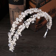 White Pearl Crystal Bridal Hairbands Tiaras Wedding Crown Crystal Diadem For Bride Hair Jewelry wedding Accessories Hair Wear Bridal Earrings, Bridal Jewelry, Gold Jewellery, Flower Tiara, Crown Flower, Crown Headband, Hair Crown, Tiaras And Crowns, Hair Ornaments