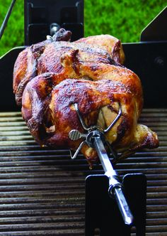 ROTISSERIE COOKING ON A GRILL: Is it a cool #Grilling trend or what?